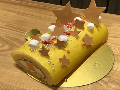 ピカピカロールケーキ